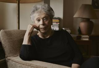 """Entrevista a Vivian Gornick: """"Estar sola es una postura política"""""""